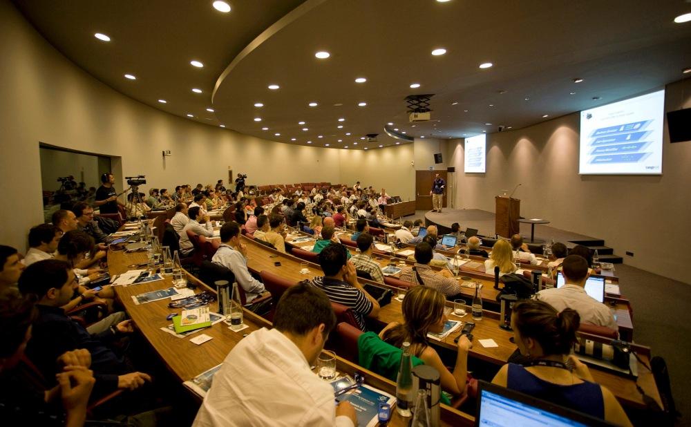 Tango04 Monitoring Symposium 2012 02 - Raul Cristian Aguirre, Tango04